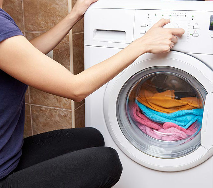 Неисправности стиралок-автомат – устранять самостоятельно или вызывать мастера? - pochinka-stiralki-67