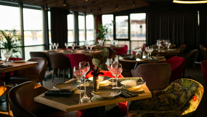 Havana - новый ресторан на берегу Днепра - C6B1B008-E3C5-492F-AED3-2EF2FF4FEE6C-840x475