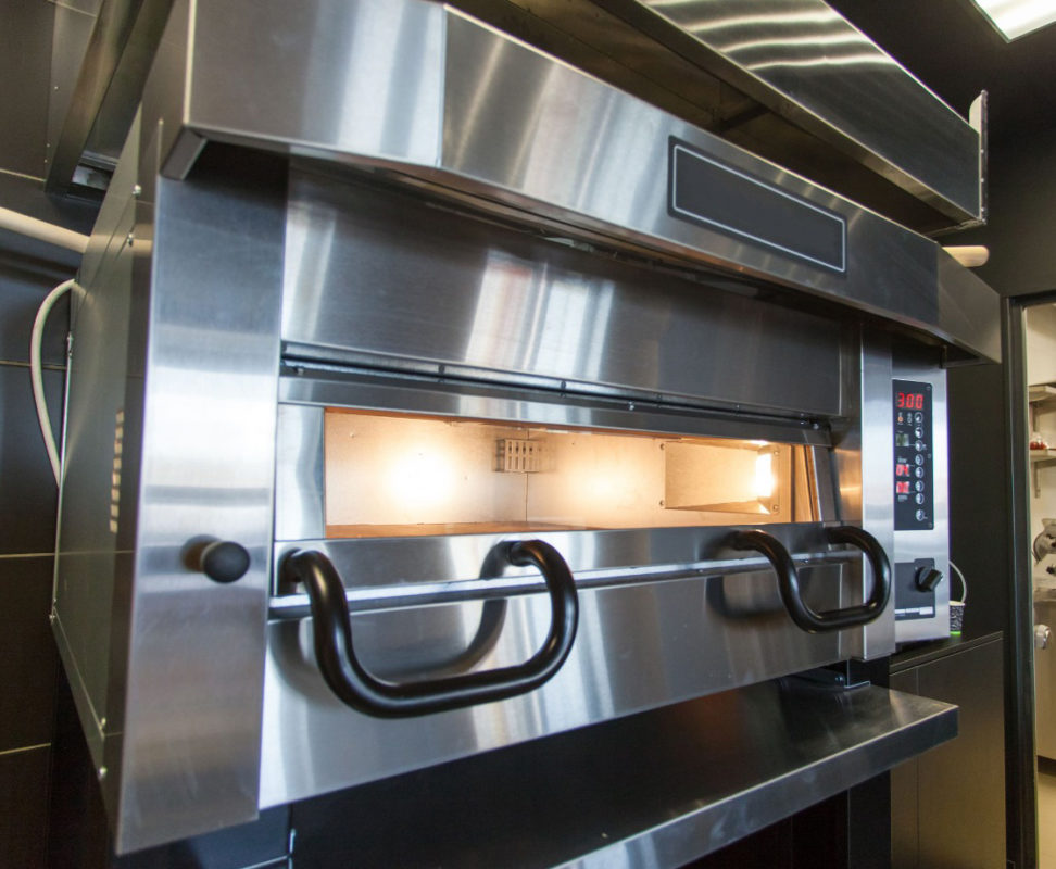Выбрать печь для пиццы от известных брендов, производителей оборудования для пиццерии