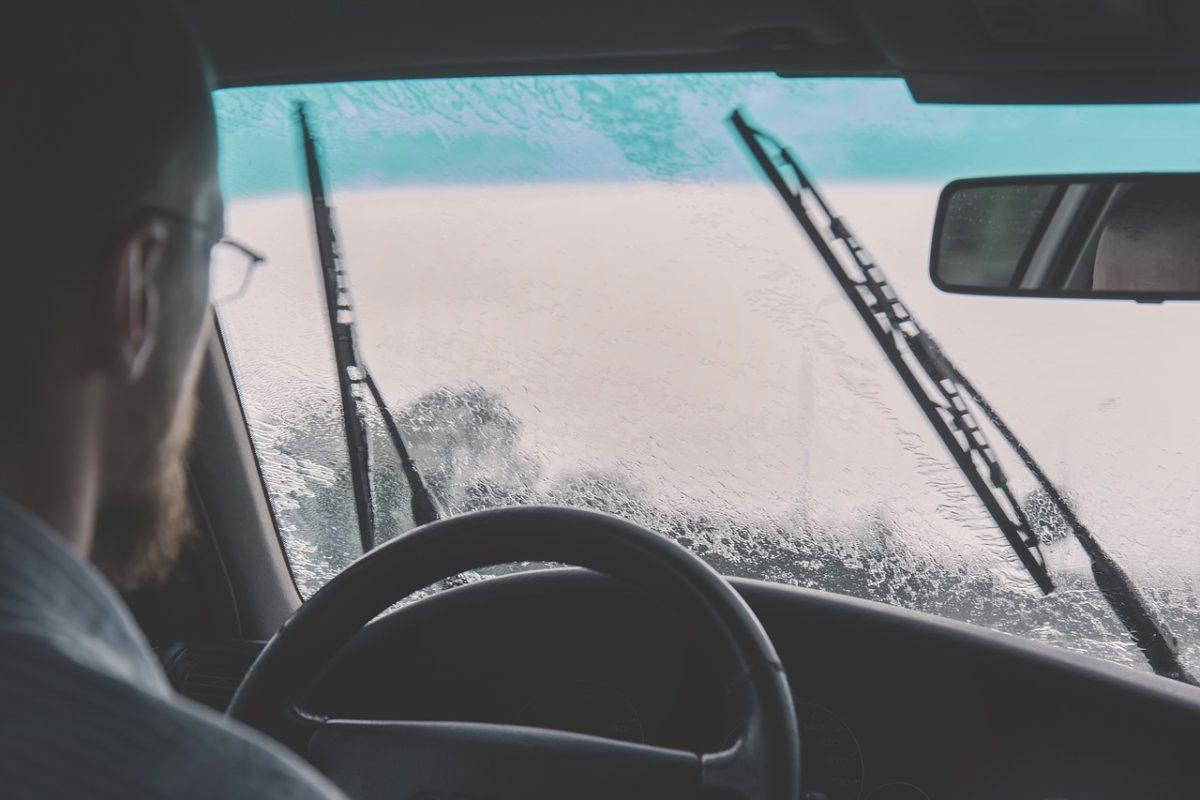 ✅ Как выбрать щетки стеклоочистителя для автомобиля - 6113bfb510af3ed5cb592f2bd7f79b68-1200x800